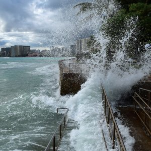 Hawai'i Sea Grant helps coastal communities prepare for natural disasters