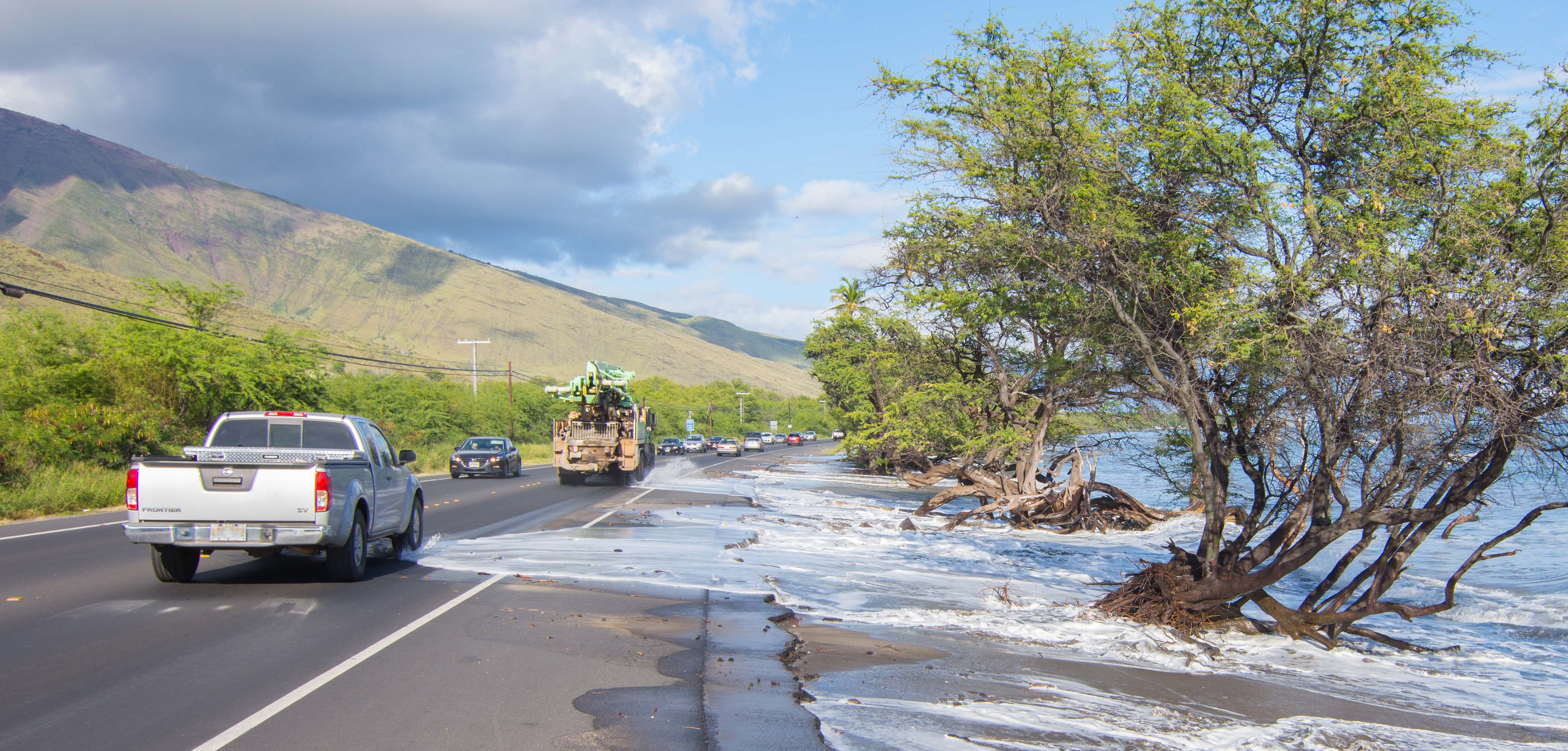 Water washing over raod at Olowalu_MileMarker14_05.26.2017_creditAsaEllison